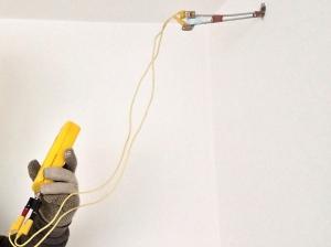 Kontaktní odporové měření vlhkosti  ve stavebním materiálu